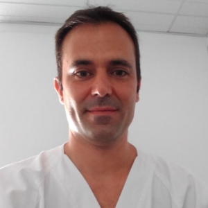 "<a href="" https://www.barcelonaspineinstitute.com/hector-laliena-fisioterapeuta-y-osteopata/ "" target=""_blank"" rel=""noopener"">Héctor Laliena Piedrafita</a>"